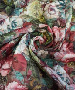 Стеганная двухсторонняя курточная ткань с цветами