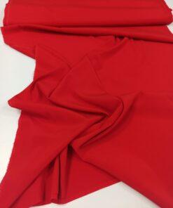 Итальянский шелк красного цвета