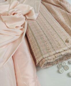 Шанелька нежно-розового цвета купить в Москве